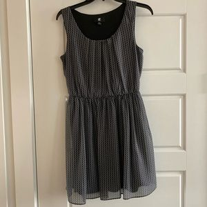 Black and white scoop neck dress